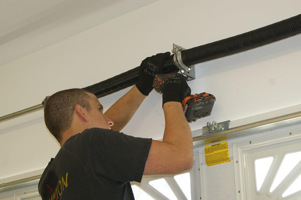 Garage Door Repair Tustin Service